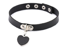 Black Heart Collar